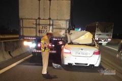 BMW húc dính chặt đuôi xe tải trên cao tốc Long Thành, tài xế thiệt mạng