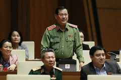 TướngNguyễn Hữu Cầuđề nghị cấm mua bán bào thai, thuốc lào Ả Rập