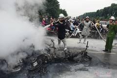 Vụ xe Mercedes cháy ở Lê Văn Lương, cô gái tử vong công tác ở ĐH Ngoại thương