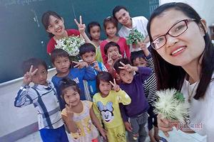 Hái rau rừng, hoa dại tặng thầy cô ngày 20/11