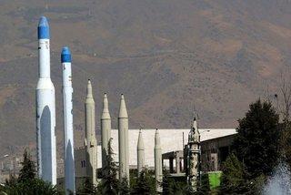 Thừa nhận sốc của Lầu Năm Góc về 'độ khủng' kho tên lửa Iran
