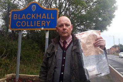 Bí ẩn các tập tiền giấy liên tục bị vứt bỏ trên đường ở Anh
