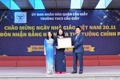 Trường THCS Cầu Giấy được nhận bằng khen của Thủ tướng