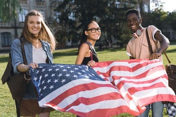 Nền kinh tế Mỹ đang mất hàng tỷ đô la vì lượng du học sinh giảm