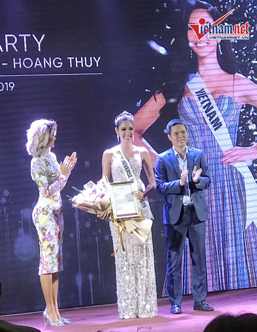 Hoàng Thùy,Hoa hậu Hoàn vũ