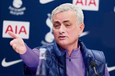Mourinho hứa giúp Tottenham vô địch Ngoại hạng Anh mùa tới