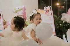 Hai con gái của Hoài Lâm
