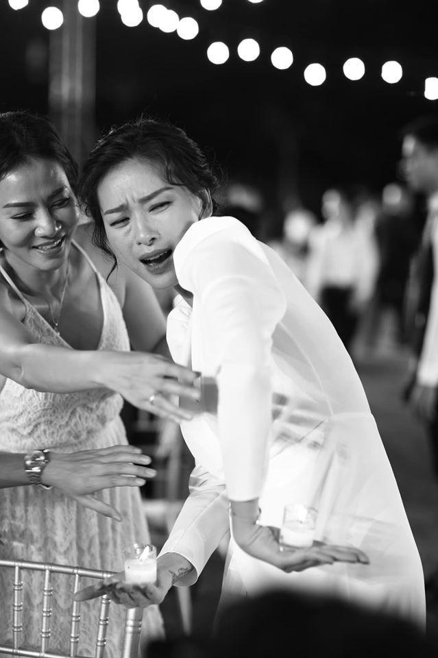Nước mắt, nụ cười và những khoảnh khắc ấn tượng trong đám cưới Đông Nhi - Ông Cao Thắng
