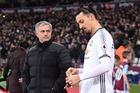 Mourinho ký ngay trò cưng Ibrahimovic miễn phí