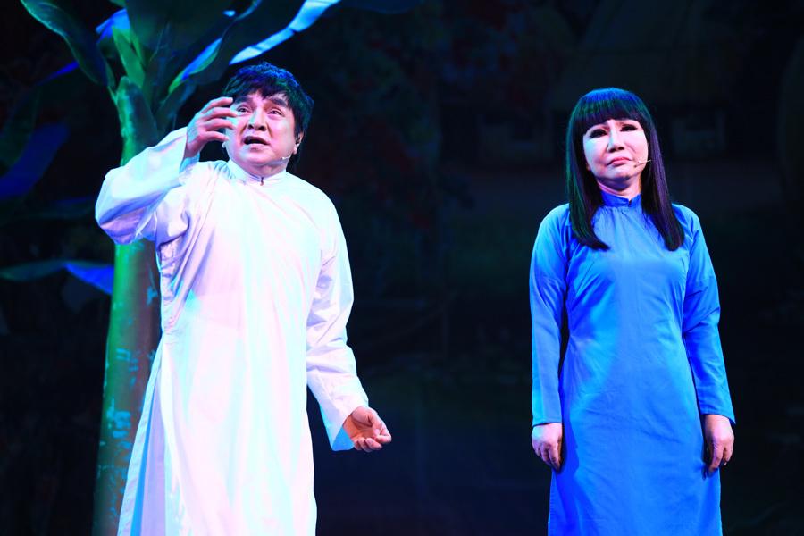 NSND Hồng Vân 'ngợp' khi vào vai hôn thê của Điệp trong vở cải lương kinh điển