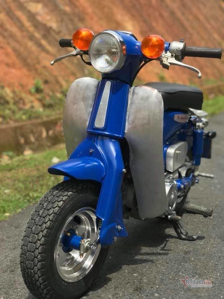 Honda Super Cub 50 đời 1978 độ phong cách mini của dân chơi Bình Thuận