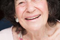 World's oldest female comedian to perform at HCM City bar