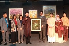 Exhibition on Vietnamese paintings opens in India