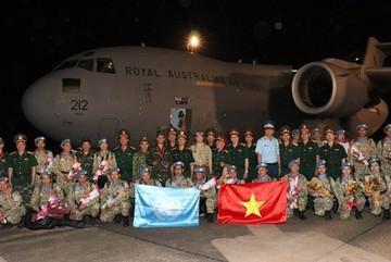 Vietnam's first level-2 field hospital returns home