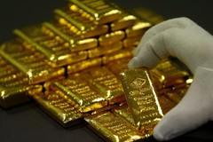 Đấu giá lô vàng thỏi và trang sức hơn 9 tỷ