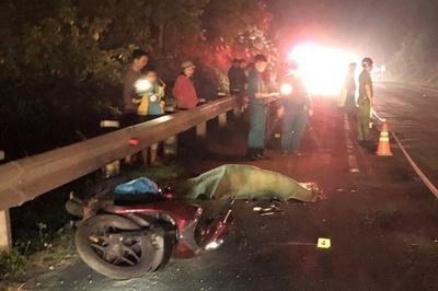 Trên đường về quê, người đàn ông bị xe container tông tử vong