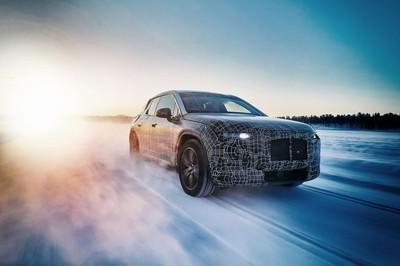 BMW chuẩn bị ra mắt mẫu xe coupe 4 cửa chạy điện mới