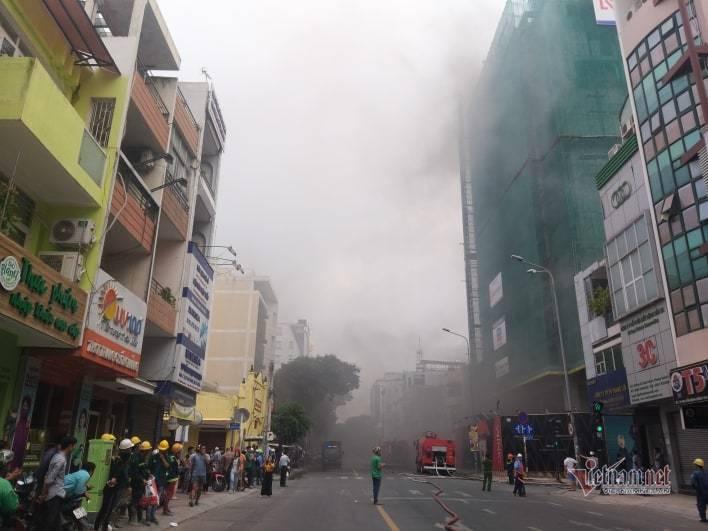 Sự cố tại công trình cao ốc khách sạn giữa trung tâm Sài Gòn