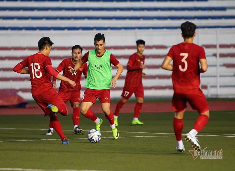 U22 Việt Nam lộ đội hình, thầy Park gặp riêng Bùi Tiến Dũng