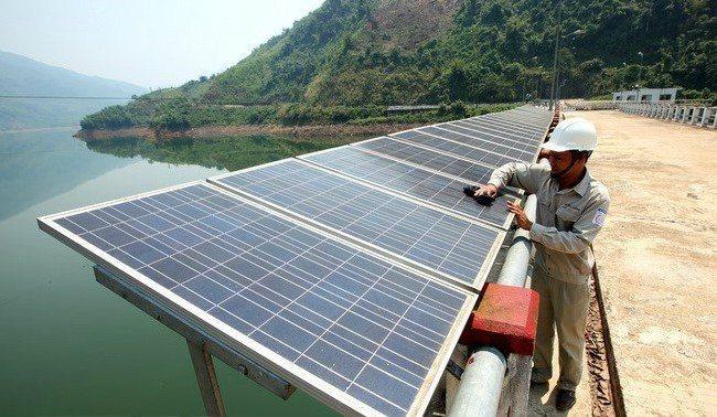 Solar power prices to be set via auction