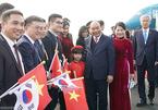 Thủ tướng đến Busan, bắt đầu chương trình dự hội nghị cấp cao ASEAN-Hàn Quốc