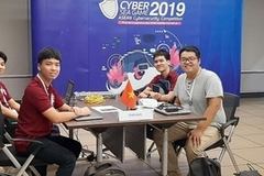 Vietnamese students win second prize at Cyber SEA Game 2019