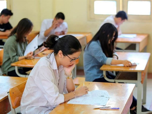 Development path for tertiary education,for-profit and not-for-profit private universities,Vietnam education