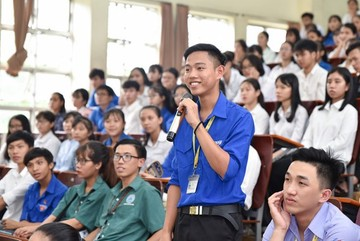 Vietnamese students eligible to borrow US$107 monthly