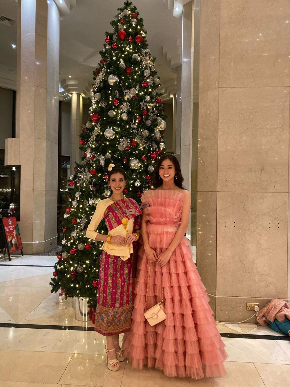 Lương Thùy Linh vào Top 10 phần thi Siêu mẫu tại Miss World