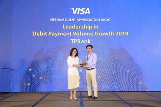 TPBank - Top 3 ngân hàng có tốc độ tăng trưởng doanh số giao dịch thẻ visa cao nhất