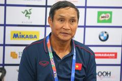"""HLV Mai Đức Chung: """"Tuyển nữ Việt Nam chỉ ăn 2 món trước trận Thái Lan"""""""