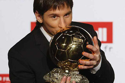 Solskjaer hãy dũng cảm với MU, rộ Messi ẵm Quả bóng vàng 2019