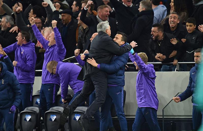 Mourinho tái xuất C1, Tottenham ngược dòng khó tin