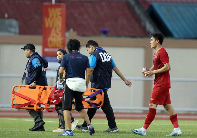"""HLV Park Hang Seo nhận """"tin dữ"""" trước trận gặp Lào"""