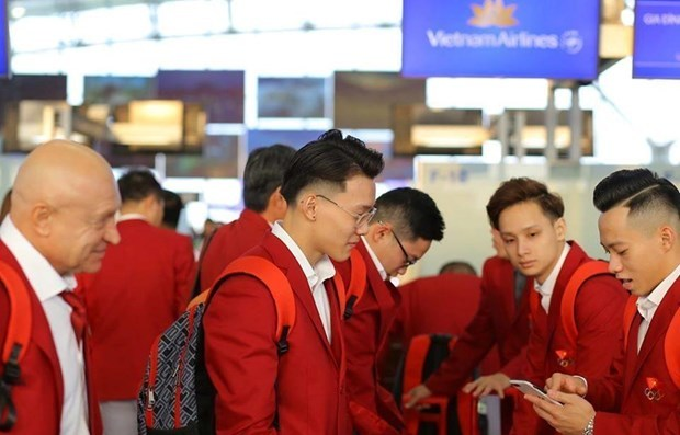 Vietnam's sporting delegation leave for SEA Games 30