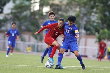 Vietnamese women's team draw with Thailand in SEA Games
