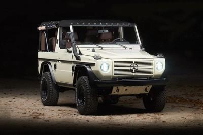 Xe nhà binh Mercedes-Benz G-Class 'Wolf' lột xác như mới sau 28 năm