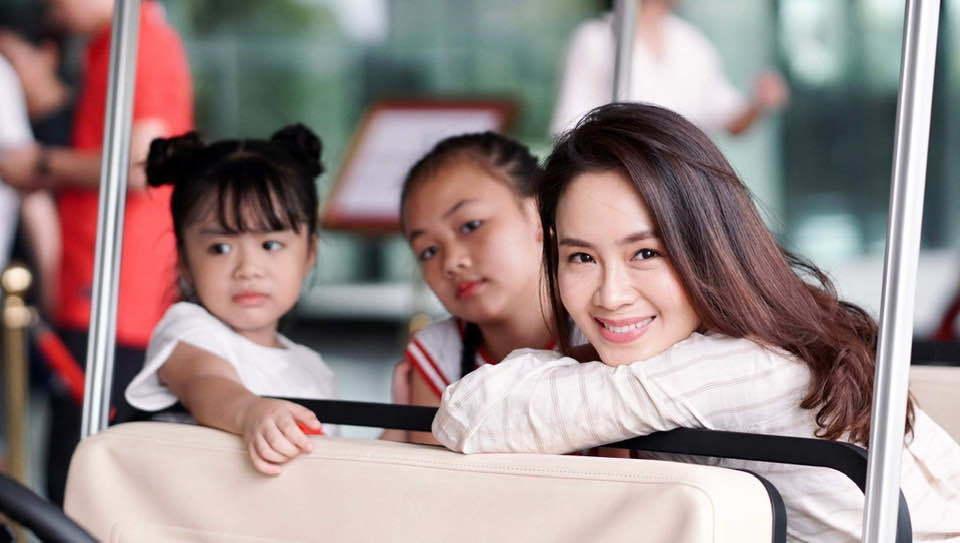 Điều bất ngờ về diễn viên nhỏ tuổi nhất 'Hoa hồng trên ngực trái'