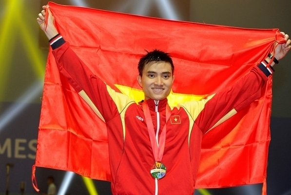 Fencer Vu Thanh An named Vietnam's flag bearer for fourth time