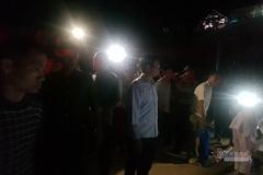 Lật xe chở đất đè sập nhà, hai mẹ con ở Quảng Ninh tử vong