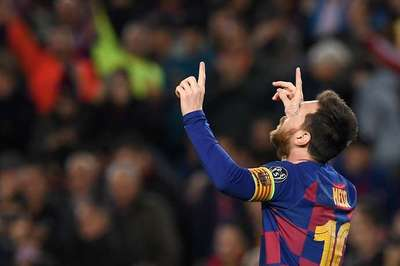 Messi lập siêu kỷ lục ở trận đấu thứ 700