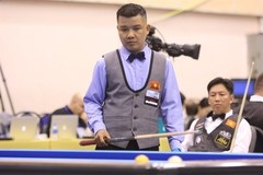 Vietnamese cueists win first match at three cushion billiard world event