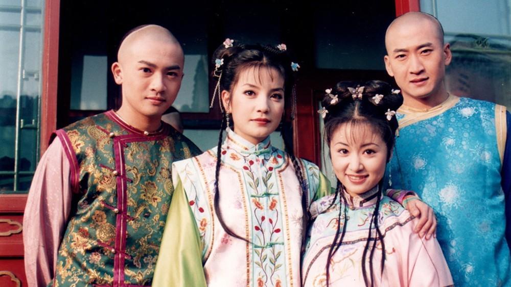 Dàn sao 'Hoàn Châu cách cách' xúc động hội ngộ sau 20 năm