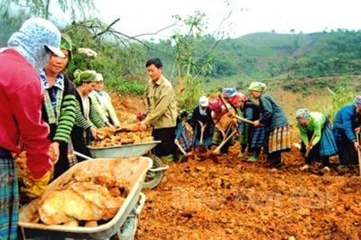 Vượt khó quyết xây dựng nông thôn mới