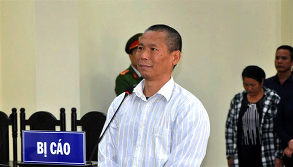 Thanh Hoa,jailed,defaming Government,Facebook users,verdict