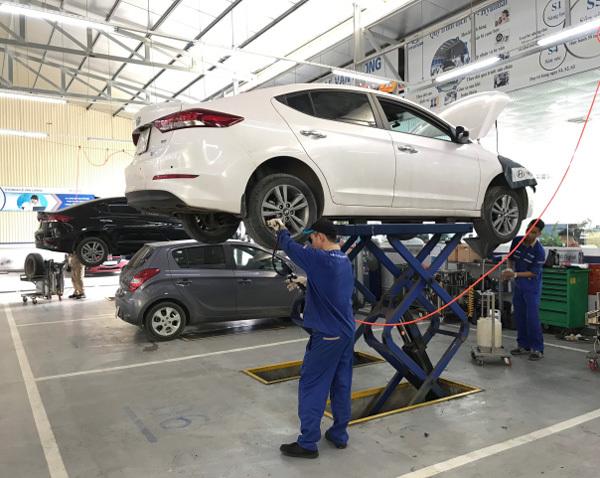 Chăm sóc xe ở Hyundai Lê Văn Lương với giá ưu đãi