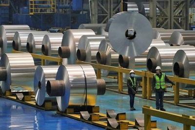 Dính đòn thương chiến của ông Trump, lợi nhuận công nghiệp TQ giảm mạnh