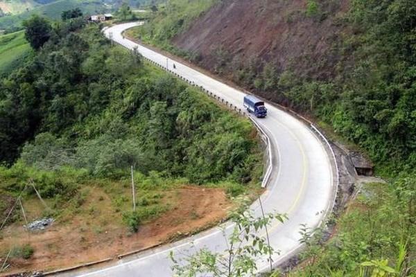 Kon Tum nâng cấp các tuyến giao thông, vùng biên thay đổi rõ