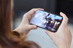 4 mẹo tiết kiệm pin và dữ liệu khi sử dụng YouTube trên smartphone