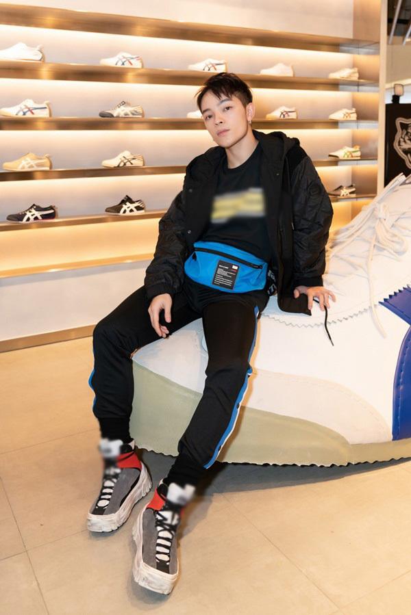 Hoàng Thùy Linh,Gil lê